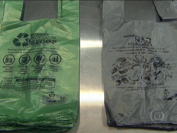 Adoção de sacolinhas com material bioplástico teve como objetivo coleta seletiva (Foto: Rede Globo)