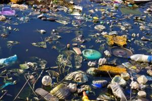 rio-poluído